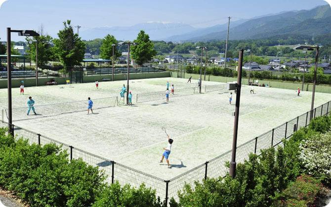 砂入り人工芝テニスコート