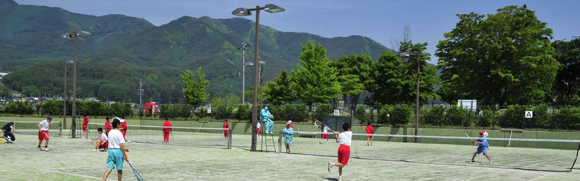 たつの荒神山温泉 湯にいくセンター テニスコート